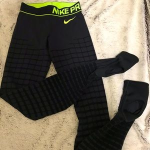 Rare Nike Stirrup Leggings